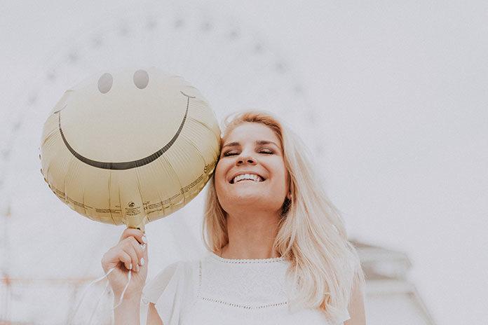 Co jest sekretem pięknego uśmiechu Amerykanów?