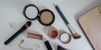 Czy kupowanie kosmetyków przez internet jest opłacalne?