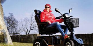 Skutery i wózki elektryczne – jak dobrać wózek do swoich potrzeb?