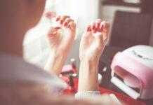 Czy można wyposażyć salon stylizacji paznokci w jednym sklepie